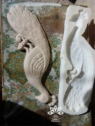 مجسمه سفالی ساختهشده با قالب